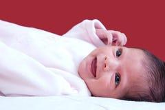 Gelukkige, glimlachende baby royalty-vrije stock afbeeldingen