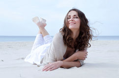 Gelukkige glimlachende vrouw Stock Fotografie