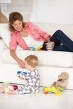 Gelukkige grootmoeder met babykleinkind Royalty-vrije Stock Fotografie