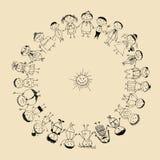 Gelukkige grote familie die, schets trekt samen glimlacht die Royalty-vrije Stock Foto's