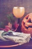 Gelukkige Halloween-lijst met Jack O Lantaarnpompoen Stock Foto