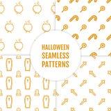 Gelukkige Halloween-reeks naadloze patronen met ketel, kruis, suikergoed, doodskist en graven Royalty-vrije Stock Afbeeldingen