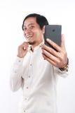 Gelukkige Jonge Aziatische Zakenman Taking Selfie Photo Royalty-vrije Stock Foto