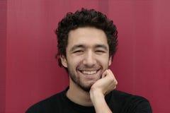 Gelukkige jonge mens   stock foto's