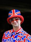 Gelukkige jonge mens die Union Jack-kleding dragen Royalty-vrije Stock Afbeeldingen