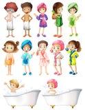 Gelukkige kinderen in badjas royalty-vrije illustratie