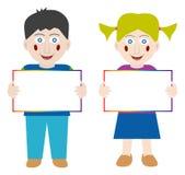 Gelukkige kinderen met lege banner Stock Foto's