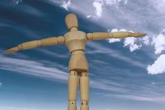 Gelukkige marionet onder hemel Stock Foto
