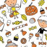 Gelukkige meisje en jongen in Halloween-kostuums met snoepjes naadloze pa Stock Afbeelding