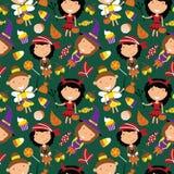 Gelukkige meisjes in Halloween-kostuums met snoepjes naadloos patroon Royalty-vrije Stock Foto