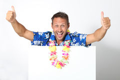 Gelukkige mens met Hawaiiaans overhemd Royalty-vrije Stock Foto