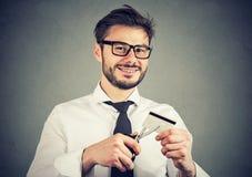 Gelukkige mensen scherpe creditcard stock foto