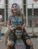 Gelukkige mensen tijdens Festival van kleuren Holi Stock Foto's