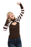 Gelukkige middenleeftijdsvrouw die telefonisch spreekt stock fotografie