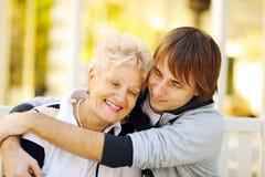 Gelukkige moeder en zoon Royalty-vrije Stock Foto's