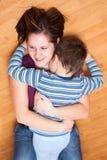 Gelukkige moeder en zoon Stock Afbeeldingen
