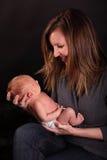 Gelukkige moeder met babyjongen royalty-vrije stock afbeeldingen