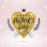 Gelukkige moeder` s dag - Groetkaart De borstelkalligrafie op schittert gouden shinning hart en hand getrokken bloemendecor Stock Foto