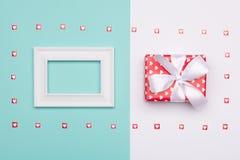 Gelukkige Moeder` s Dag, Vrouwen` s Dag, de Dag van Valentine ` s of Verjaardagsachtergrond De Kleurenvlakte van het pastelkleur  Royalty-vrije Stock Fotografie