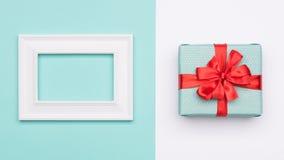 Gelukkige Moeder` s Dag, Vrouwen` s Dag, de Dag van Valentine ` s of Verjaardagsachtergrond De Kleurenvlakte van het pastelkleur  Stock Fotografie