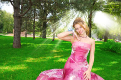Gelukkige mooie bruid Stock Afbeelding