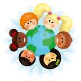 Gelukkige multi etnische jonge geitjes rond de aarde royalty-vrije illustratie