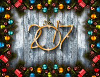 2017 Gelukkige Nieuwjaar seizoengebonden achtergrond met Kerstmissnuisterijen Royalty-vrije Stock Afbeelding