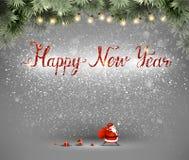 Gelukkige Nieuwjaarhand getrokken inschrijving en Santa Claus met zak en giften op de grijze achtergrond Royalty-vrije Stock Afbeelding