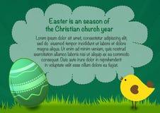 Gelukkige Pasen-affiche met tekst, ei en kip, de groene achtergrond van Pasen Royalty-vrije Stock Fotografie