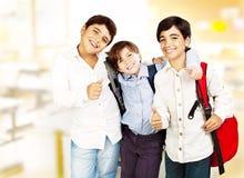 Gelukkige schooljongens Stock Fotografie