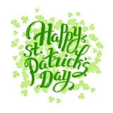 Gelukkige St Patrick daghand die logotype, kentekentypografie van letters voorzien Het van letters voorzien Patrick dag, klaverbl Royalty-vrije Stock Foto