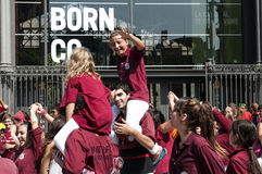 Gelukkige Tieners bij Nationale Dag van Catalonië van Barcelona Stock Foto's