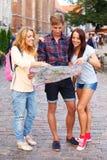 Gelukkige toeristen Stock Afbeeldingen