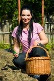 Gelukkige tuinmanvrouw royalty-vrije stock fotografie