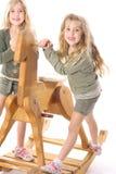 Gelukkige tweelingkinderen Stock Foto's