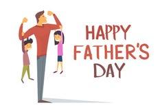 Gelukkige Vader Day Holiday, de Sterke Dochter Hang On Arms van de Papazoon Royalty-vrije Stock Afbeeldingen