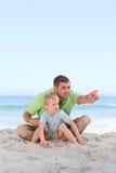 Gelukkige vader met zijn zoon Royalty-vrije Stock Foto's