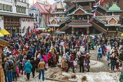 Gelukkige vakantiemaslenitsa in Izmailovo het Kremlin stock foto's