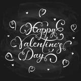 Gelukkige Valentijnskaartendag op zwarte bordachtergrond Stock Foto's
