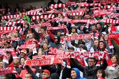 Gelukkige ventilators van Spartak bij voetbalwedstrijd Stock Afbeeldingen