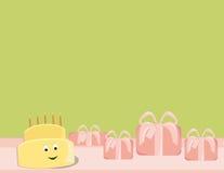 Gelukkige verjaardagscake die met giften glimlacht Royalty-vrije Stock Fotografie