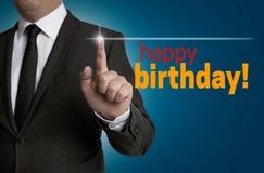 Gelukkige Verjaardagstouchscreen wordt in werking gesteld door zakenman royalty-vrije stock afbeeldingen