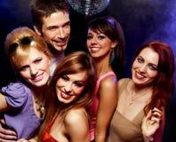 Gelukkige vrienden op een partij royalty-vrije stock foto