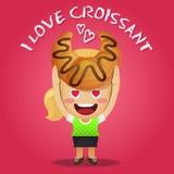 Gelukkige vrouw die groot croissant dragen Stock Afbeeldingen