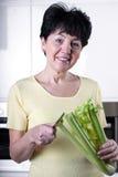 Gelukkige vrouw met veggie Royalty-vrije Stock Foto
