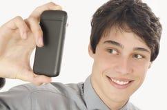 Gelukkige zakenman die een selfiefoto met zijn slimme telefoon nemen Royalty-vrije Stock Afbeeldingen