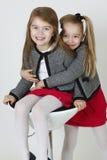 Gelukkige zusters Stock Foto's