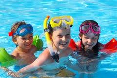 Gelukkige zwemmers stock afbeelding