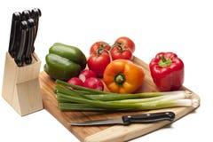 Gemüse auf einem kitcken bord Stockfoto