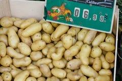 Gemüse auf einem lokalen ländlichen Markt im Sommermonat Juli der Stadt Stockfotos
